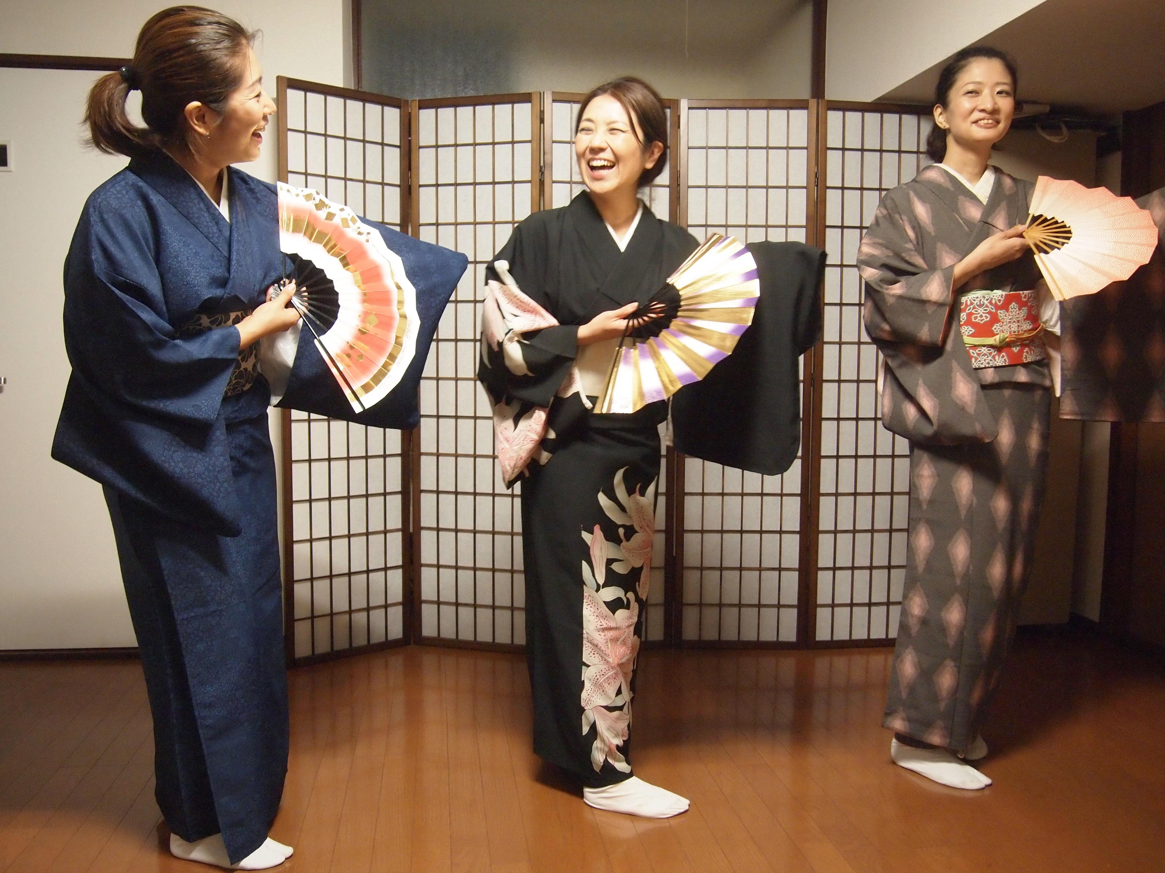 日本舞踊お稽古風景